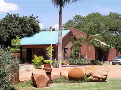 Baobab Chalets offers 28 self catering chalets in Musian