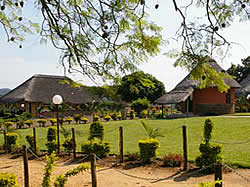 Bhuba Bush Lodge in Makhado  offers 12 double and 18 single en-suite rooms